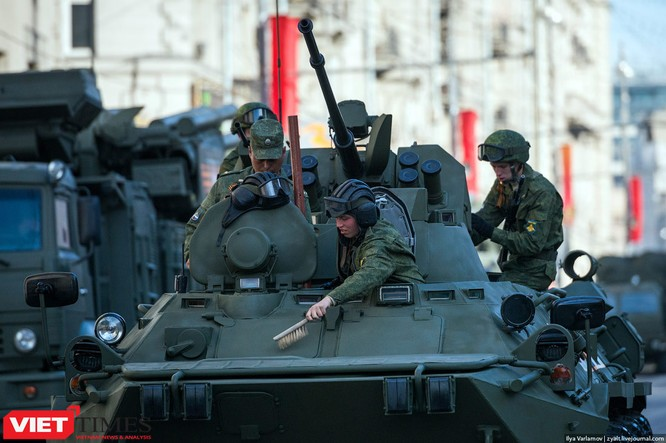 Cận cảnh hậu trường cuộc diễu hành ngày Chiến thắng quân đội Nga ảnh 24