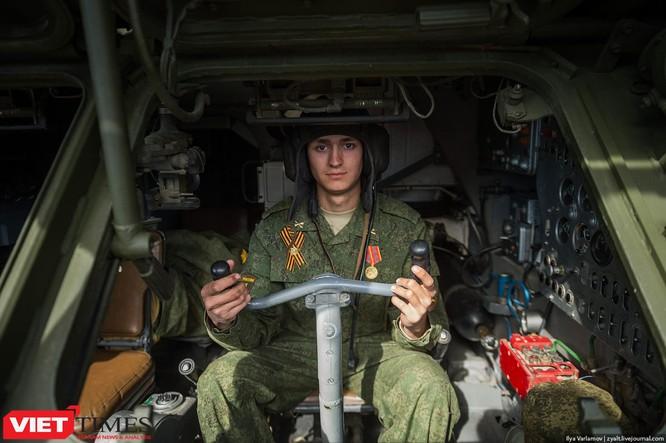 Cận cảnh hậu trường cuộc diễu hành ngày Chiến thắng quân đội Nga ảnh 34