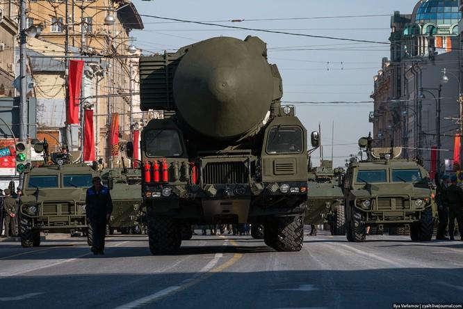 Cận cảnh hậu trường cuộc diễu hành ngày Chiến thắng quân đội Nga ảnh 38