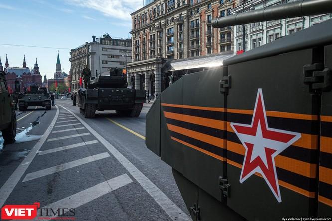 Cận cảnh hậu trường cuộc diễu hành ngày Chiến thắng quân đội Nga ảnh 49