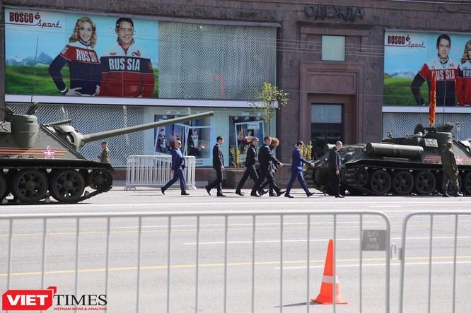 Cận cảnh hậu trường cuộc diễu hành ngày Chiến thắng quân đội Nga ảnh 51