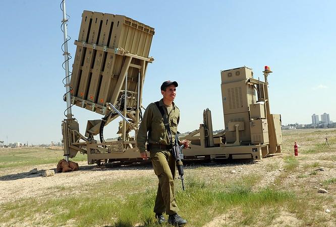 """Tên lửa Israel giúp Việt Nam dựng """"vòm sắt"""" gác trời ảnh 3"""