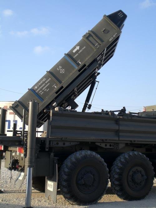 """Tên lửa Israel giúp Việt Nam dựng """"vòm sắt"""" gác trời ảnh 9"""