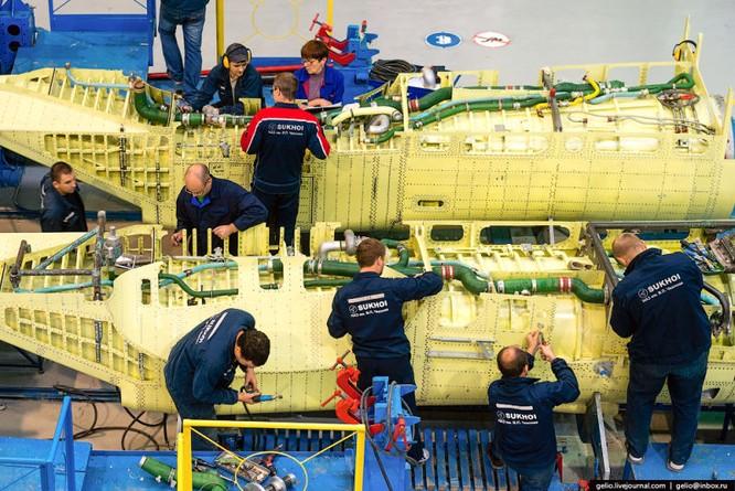 Chùm ảnh xưởng lắp ráp Su-34 Fullback Việt Nam dự kiến trang bị ảnh 7