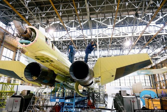Chùm ảnh xưởng lắp ráp Su-34 Fullback Việt Nam dự kiến trang bị ảnh 9