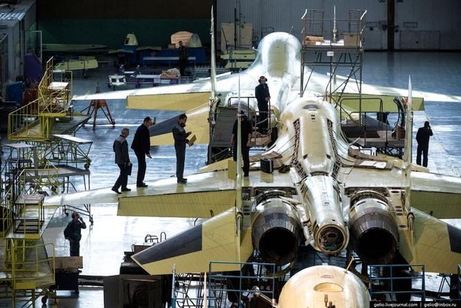 Chùm ảnh xưởng lắp ráp Su-34 Fullback Việt Nam dự kiến trang bị ảnh 21