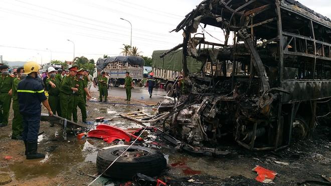 12 người thiệt mạng trong vụ tai nạn thảm khốc ảnh 8