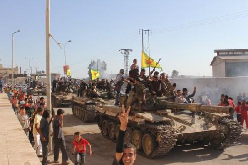 Video: Lực lượng Dân chủ Syria SDF triển khai tấn công Raqqa ảnh 3