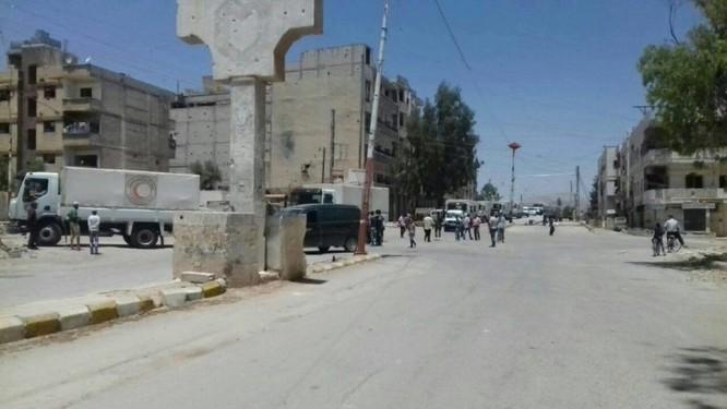 Quân đội Syria và lực lượng Hồi giáo cực đoan ký thỏa thuận ngừng bắn ở Damascus ảnh 2