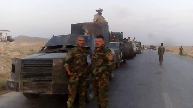 Lực lượng hỗn hợp quân đội Syria tiến quân về hướng Raqqa ảnh 2