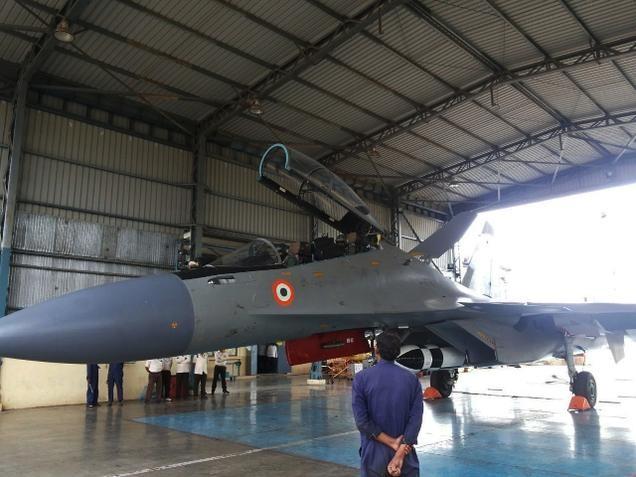 Ấn Độ thử nghiệm thành công máy bay Su-30MKI mang tên lửa BrahMos ảnh 1