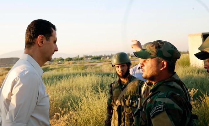Video: Tổng thống Syria Al Assad thăm chiến trường Đông Ghouta – Damascus ảnh 4
