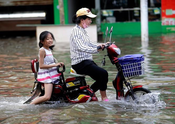 Siêu bão Nepartak gây hỗn loạn chưa từng có trên miền Đông Trung Quốc (video) ảnh 15
