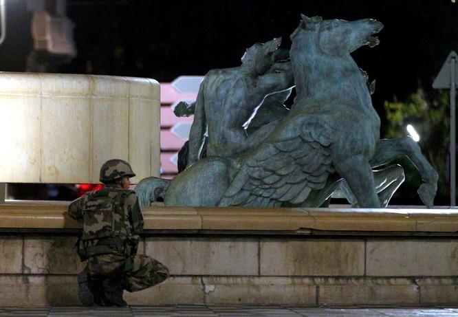 Video: Chi tiết vụ thảm sát kinh hoàng ở Pháp ảnh 1