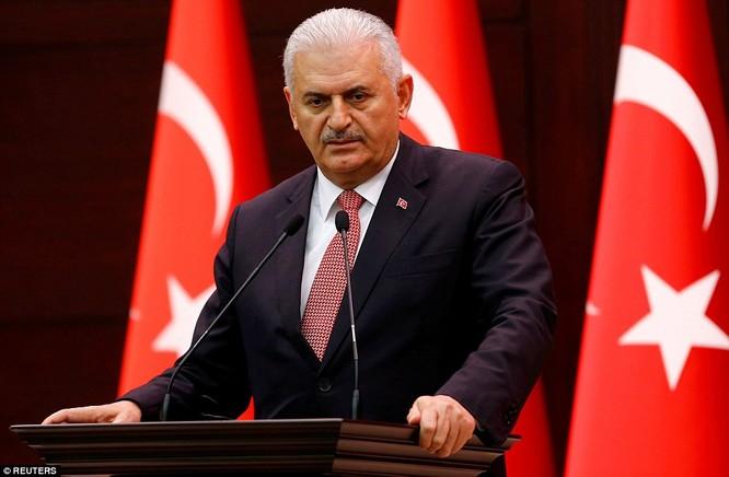 Video, Ảnh toàn cảnh cuộc đảo chính thất bại của quân đội Thổ Nhĩ Kỳ ảnh 12