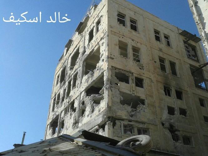 Sư đoàn cơ giới số 14 tiếp tục tấn công trong khu công nghiệp Layramoun ảnh 9