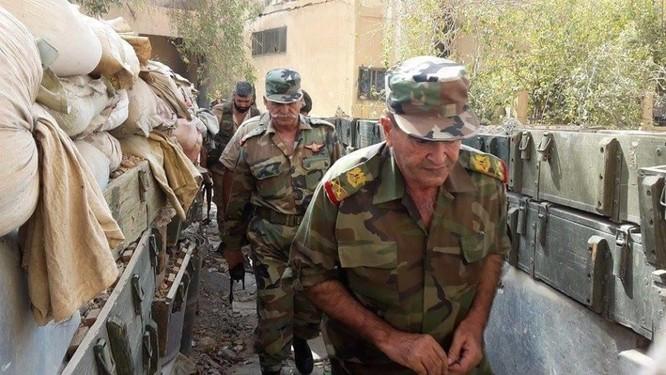 Quân đội Syria tiếp tục tấn công hỏa lực tiêu diệt IS ở Deir Ezzor ảnh 1