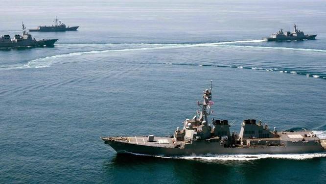 Trung Quốc bị cuốn vào lửa cực đoan, Biển Đông dễ chiến tranh ảnh 1