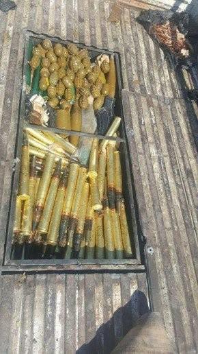 Quân đội Syria thu được nhiều đạn dược của IS, trong đó có đạn có nguồn gốc từ Mỹ ảnh 2