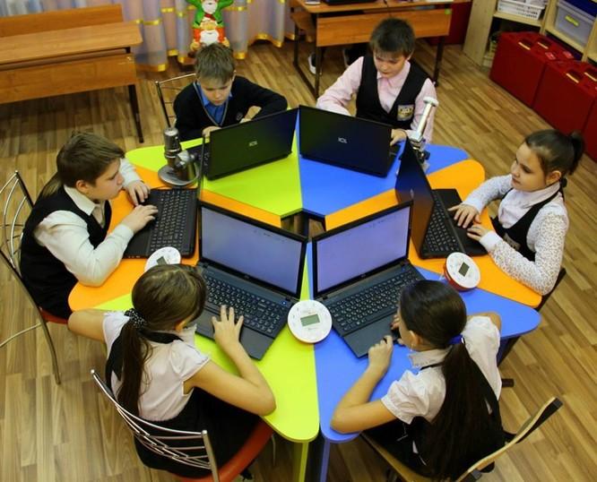 Trường học mới ở Nga: Đổi mới giáo dục với giáo viên thân thiện, học sinh tích cực ảnh 14