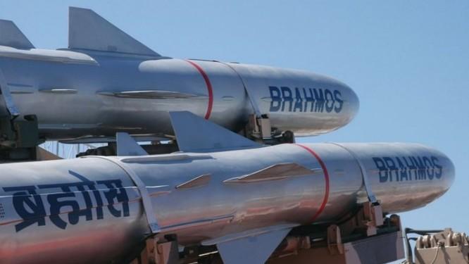 Việt Nam sắm những vũ khí gì của Ấn Độ với 500 triệu USD? ảnh 2