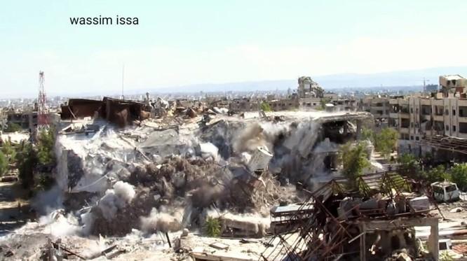 Quân đội Syria đánh sập đường hầm, chôn vùi hàng chục phiến quân Hồi giáo ảnh 2