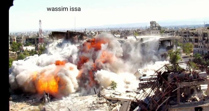 Quân đội Syria đánh sập đường hầm, chôn vùi hàng chục phiến quân Hồi giáo ảnh 3