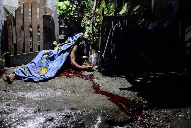 """Cuộc chiến """"chống ma túy"""" đẫm máu ở Philipines ảnh 15"""