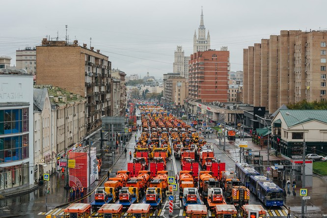 Lễ diễu hành đoàn xe dịch vụ công thành phố Moscow (ảnh + video) ảnh 3