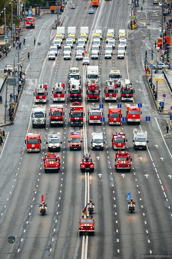 Lễ diễu hành đoàn xe dịch vụ công thành phố Moscow (ảnh + video) ảnh 12