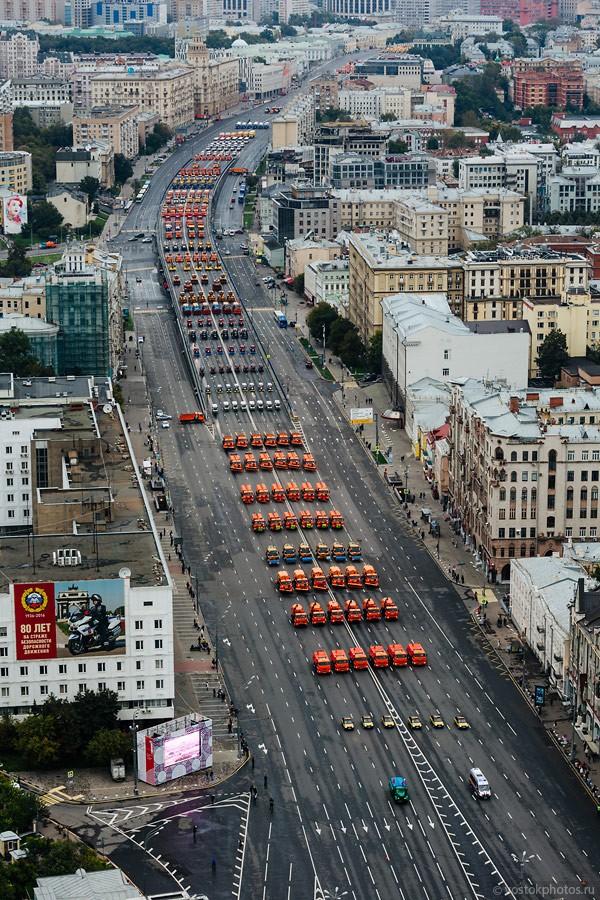 Lễ diễu hành đoàn xe dịch vụ công thành phố Moscow (ảnh + video) ảnh 17