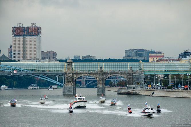 Lễ diễu hành đoàn xe dịch vụ công thành phố Moscow (ảnh + video) ảnh 19