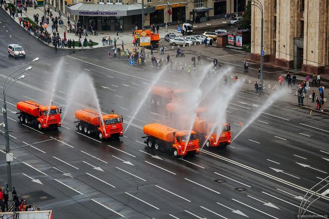 Lễ diễu hành đoàn xe dịch vụ công thành phố Moscow (ảnh + video) ảnh 21