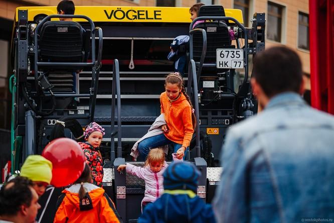 Lễ diễu hành đoàn xe dịch vụ công thành phố Moscow (ảnh + video) ảnh 22