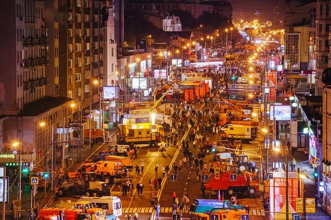 Lễ diễu hành đoàn xe dịch vụ công thành phố Moscow (ảnh + video) ảnh 26