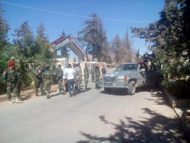 Lực lượng quân tình nguyện đến tiếp viện cho Hama ảnh 1