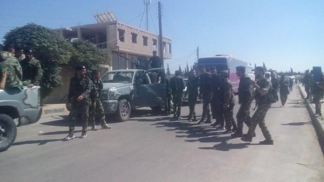 Lực lượng quân tình nguyện đến tiếp viện cho Hama ảnh 2