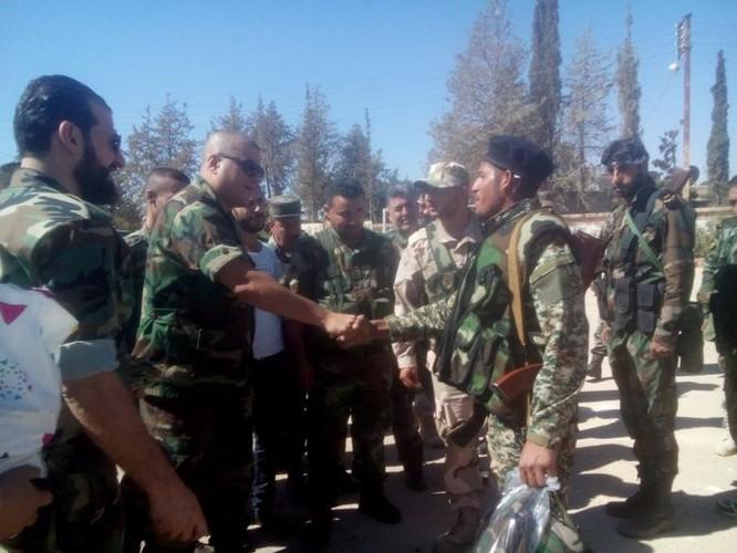 Lực lượng quân tình nguyện đến tiếp viện cho Hama ảnh 6