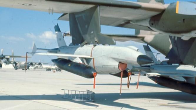 Chiến tranh Việt Nam: Bẻ khóa, đánh bại chiến thuật UAV Mỹ ảnh 1