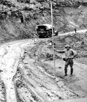 Việt Nam khiến Mỹ phá sản chiến tranh thời tiết và hóa học ảnh 12