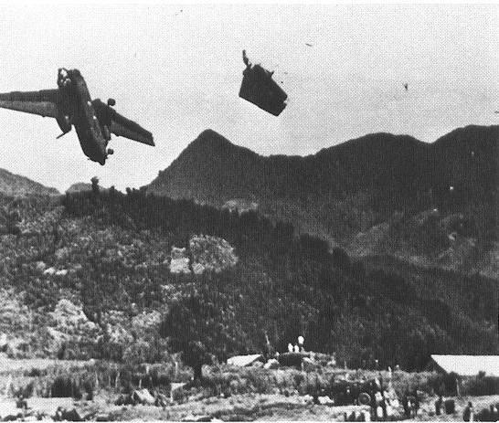 """Chiến trường Việt Nam: Tàu chiến, máy bay Mỹ """"quân ta bắn quân mình"""" ảnh 2"""
