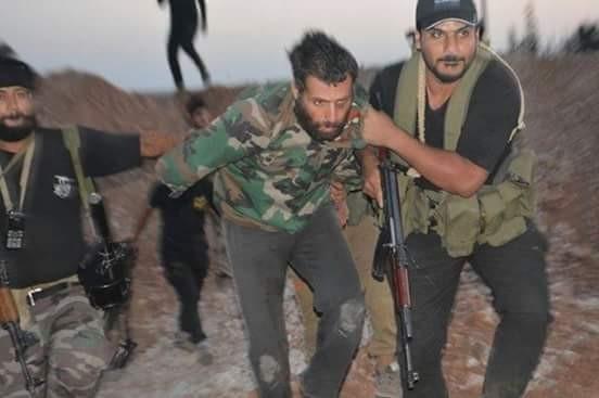 Chiến sự Aleppo: Quân đội Syria bắt sống một số tay súng thánh chiến ảnh 5