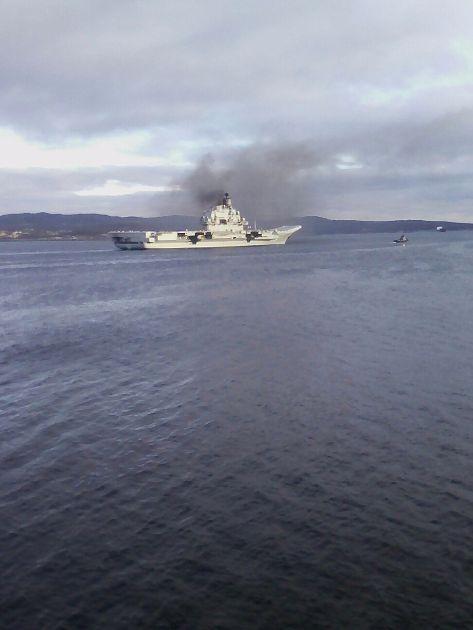 Tàu sân bay Kuznetsov cập cảng Tartous, chuẩn bị chiến dịch không kích ở Syria ảnh 1