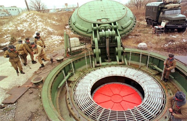 """""""Bàn tay thần chết"""" - Hệ thống vũ khí răn đe tối hậu của Nga ảnh 2"""
