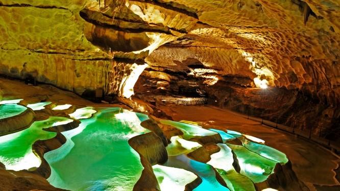 Những địa danh đẹp như trong truyện thần thoại ảnh 13