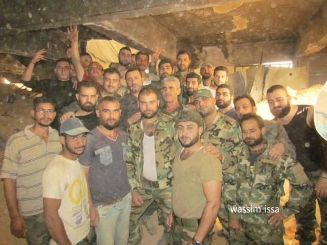 Quân đội Syria hủy diệt trung tâm khủng bố ở ngoại ô Damascus ảnh 8