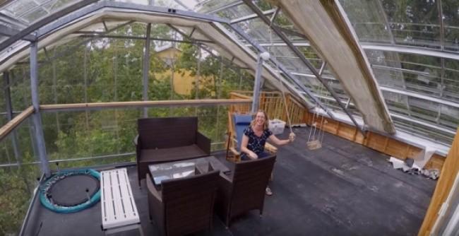 Lạ: Ngôi nhà mùa hè giữa ở không gian lạnh giá (video) ảnh 3