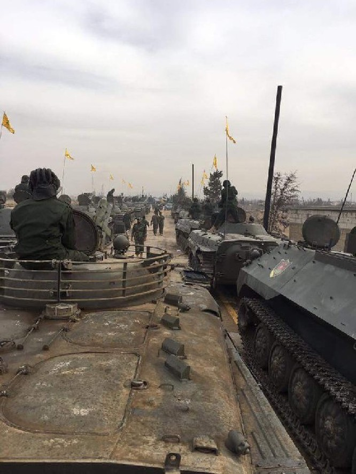 Quân Hezbollah ở Syria diễu hành mừng chiến thắng Aleppo ảnh 12