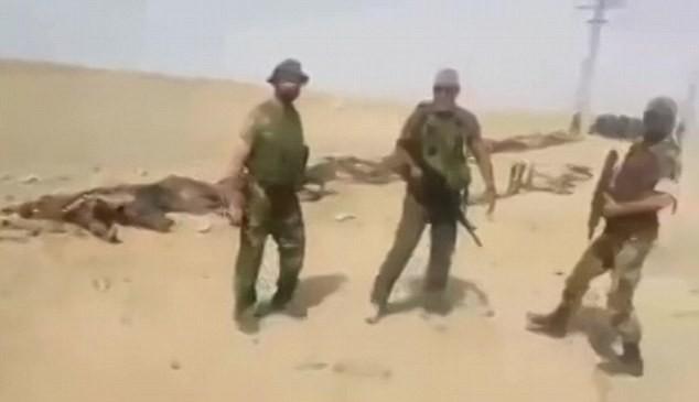 Video: Hàng trăm chiến binh IS chết la liệt sau trận đánh ảnh 3