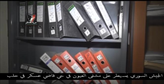 Chiến sự Aleppo: Phiến quân biến bệnh viện thành sở chỉ huy, kho vũ khí và nhà tù (video) ảnh 16